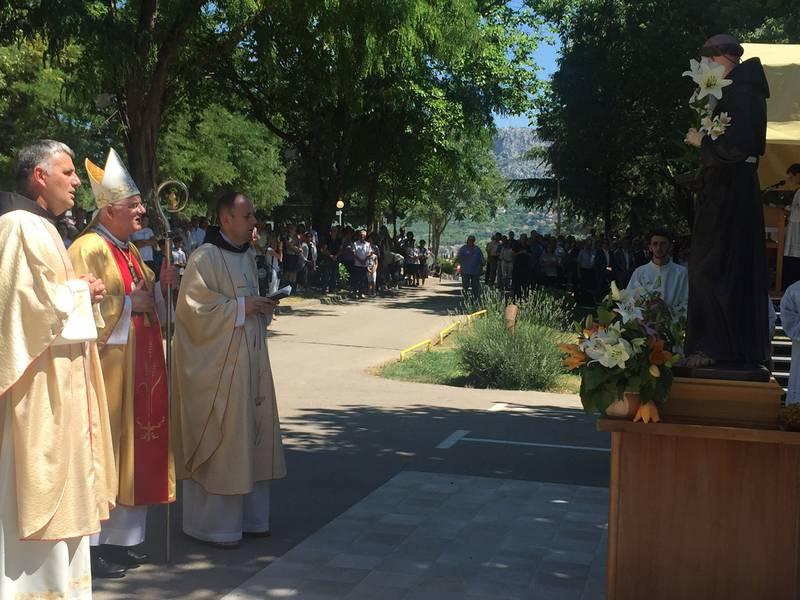 Propovijed mons.Mate Uzinića sa svečane sv.mise na Humcu na svetkovinu sv.Ante