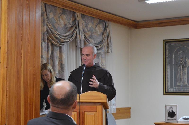 Dr. fra Robert Jolić - Bitne teme života i vjere