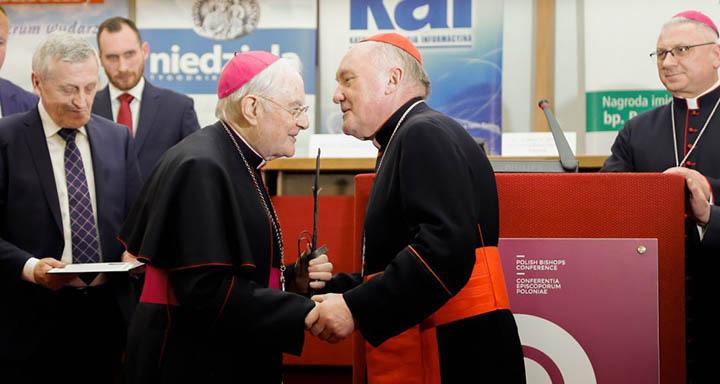 Nadbiskup Henryk Hoser: Nagrada 'Biskup Andrzejewski' za mene je čast, radost i posebno odlikovanje
