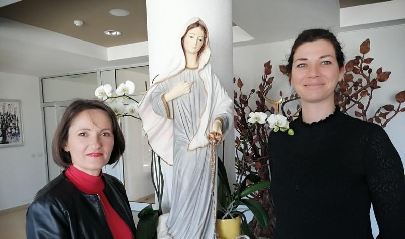 Marija Mojca Čarapina i Lori Lovrić o radu Društvu vodiča za hodočasnike u Međugorju