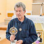 Ljubo Jovanović, koji se brine o crkvi u Šurmancima